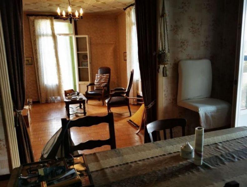 Proche Marseillan, maison vigneronne de caractère. NL21020