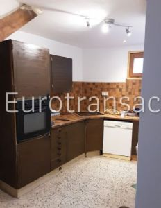 LOUPIAN - VILLAGE HOUSE WITH LOGGIA AND GARAGE - CLOSE TO SHOPS