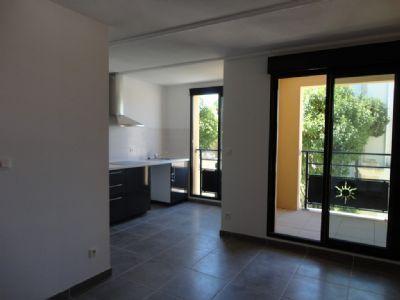 MONTBAZIN T1 de 24m² avec terrasse et clim